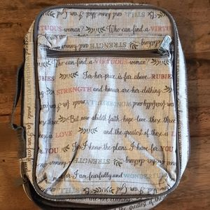 Thirty one tablet case